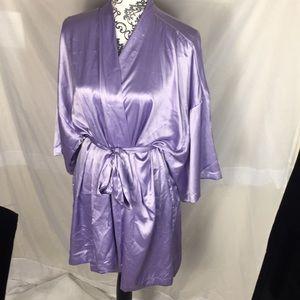 321746d3d Victoria's Secret Intimates & Sleepwear - Victoria's Secret Kimono Satin  Robe, Size ...
